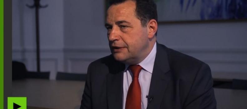 «Quand on est à droite, il faut assumer d'être un parti conservateur» – Interview pour Russia Today