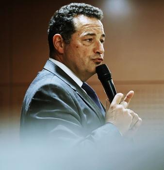 Conférence de Jean-Frédéric Poisson à Cosnes-sur-Loire