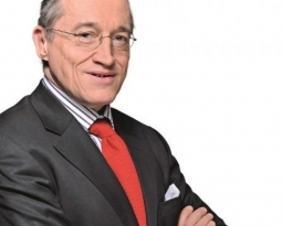 Vu dans Le Salon Beige : Paul-Marie Coûteaux rejoint le Parti Chrétien démocrate